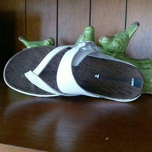 Merrell White Around town buckle thong Sandals